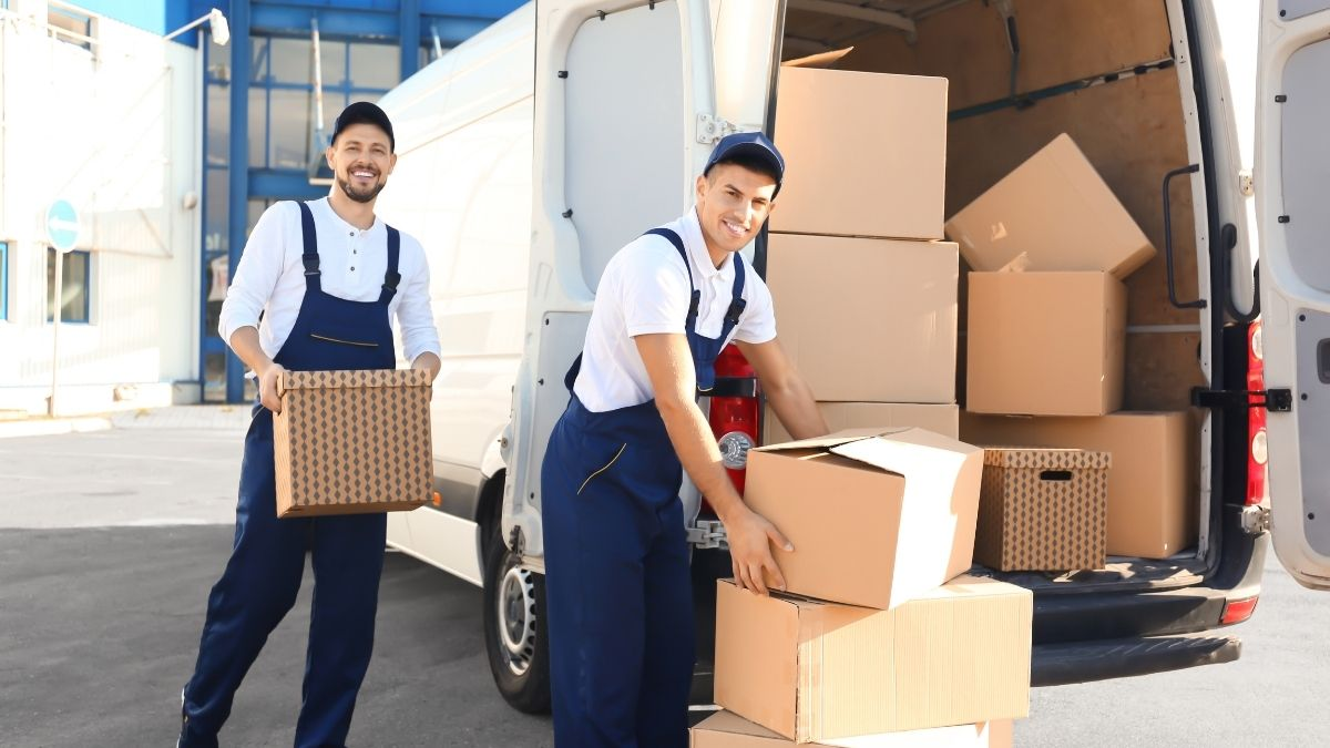 Forget your stress of relocating by hiring the best moving company
