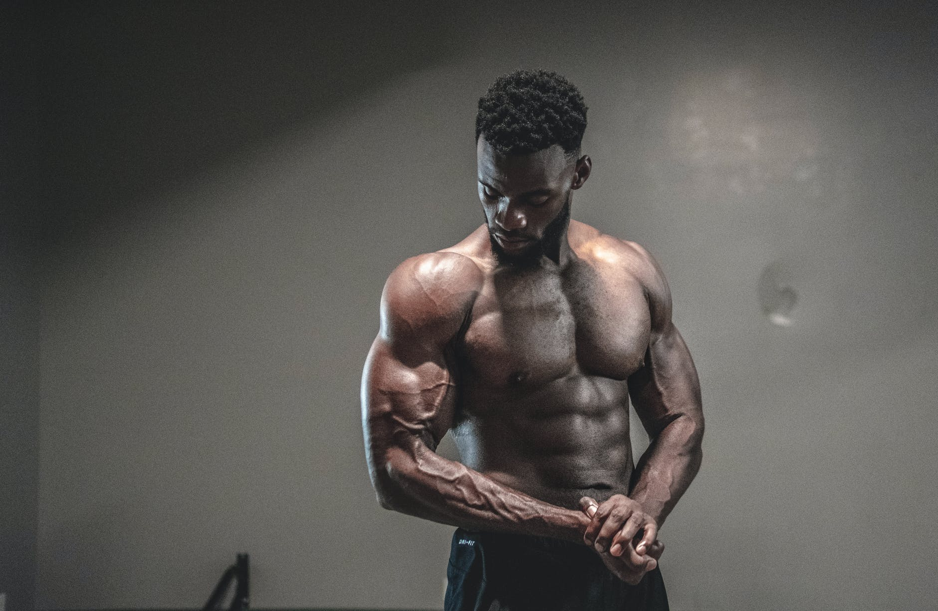 Can Bodybuilding Supplements Offer the Easy Road to Muscle Building Results?