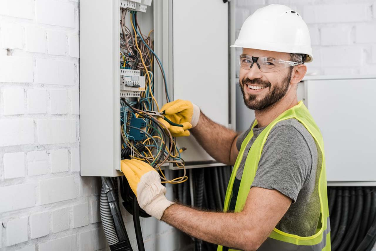 Electrician Hedge End